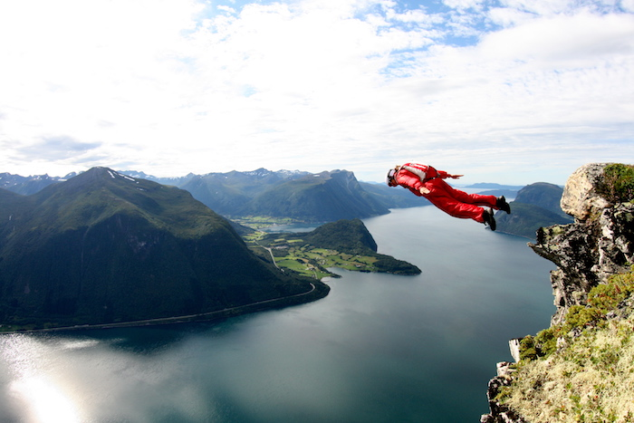 norway base jumping